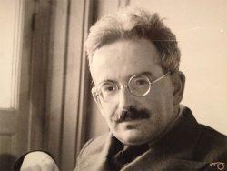 """مروری بر دیدگاه والتر بنیامین در """"نظریه ترجمه"""""""
